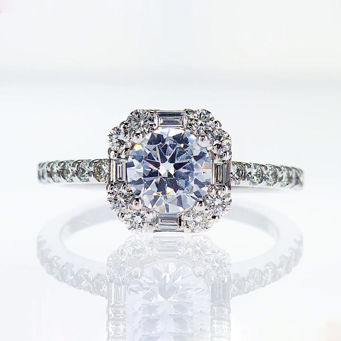 18k White Gold Halo Diamond Engagement Ring(semi mount)
