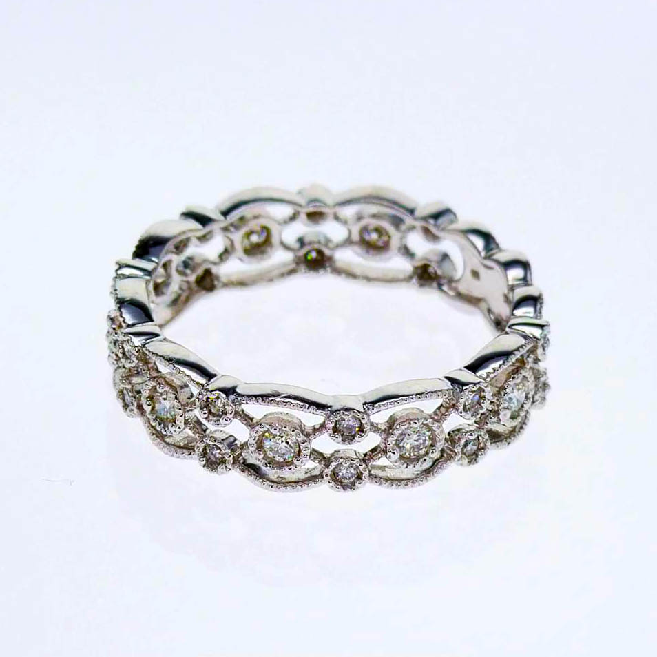 Vintage Lace Diamond Wedding Band