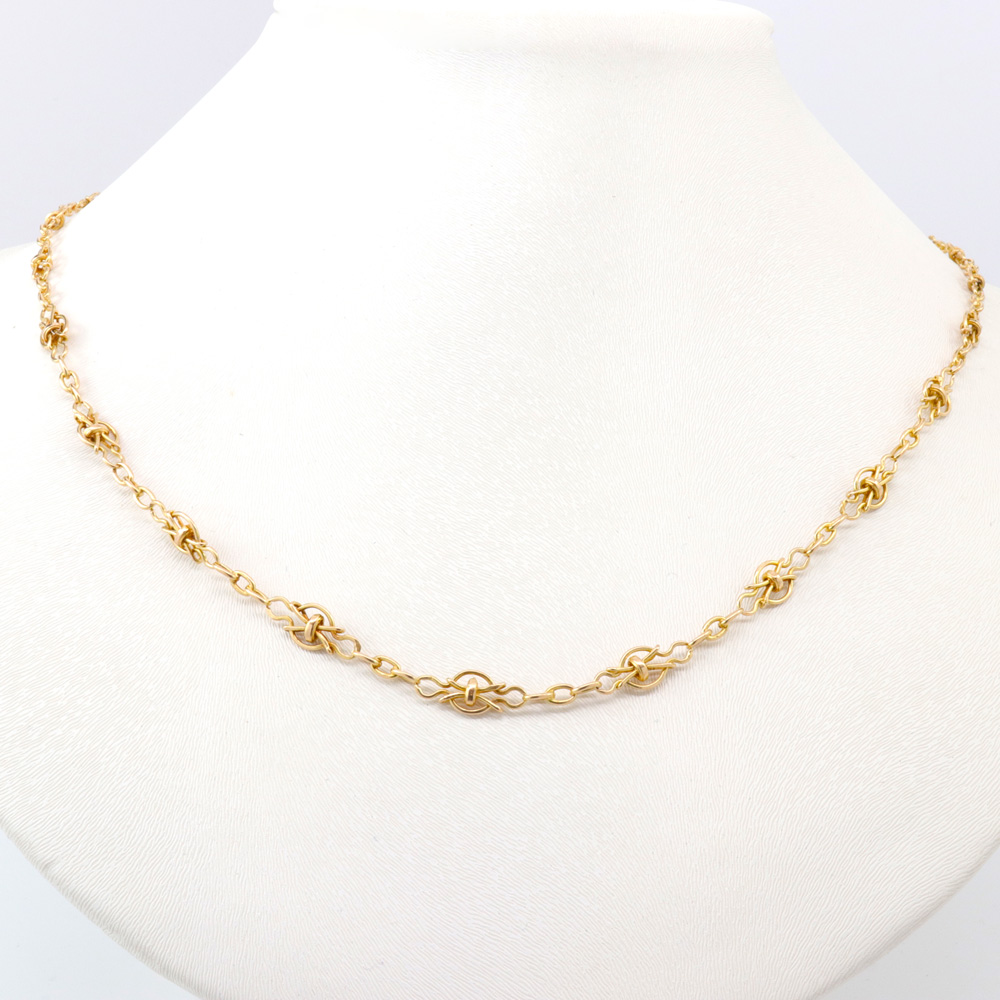 1910 Vintage Wire Necklace. 18k Yellow Gold