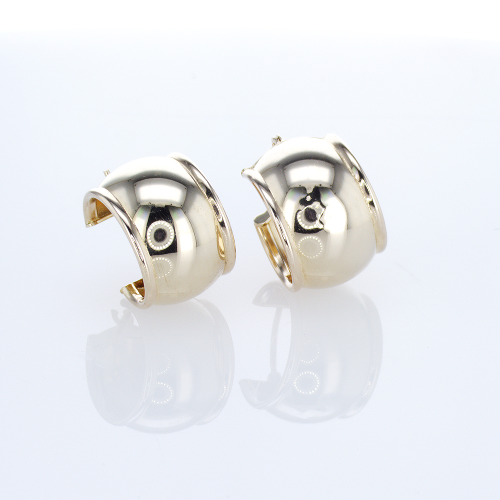 14k Yellow Gold Wide Huggie Hoop Earrings