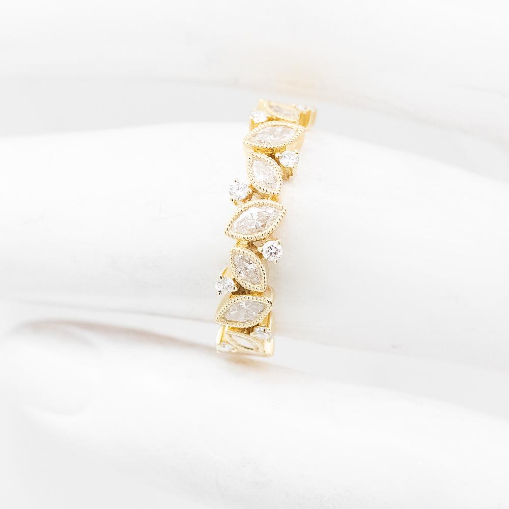 Leaf Motif Diamond Ring, 18k Yellow Gold
