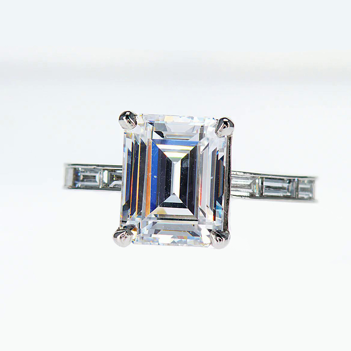 Baguette Diamond accented Engagement Ring(semi mount)